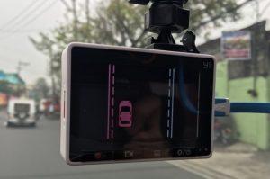 yi-smart-dash-cam-in-the-car-5
